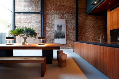 50f861acb3fc4b316d000248_lucky-shophouse-chang-architects_kitchen-dining_area-shooting_gallery_asia