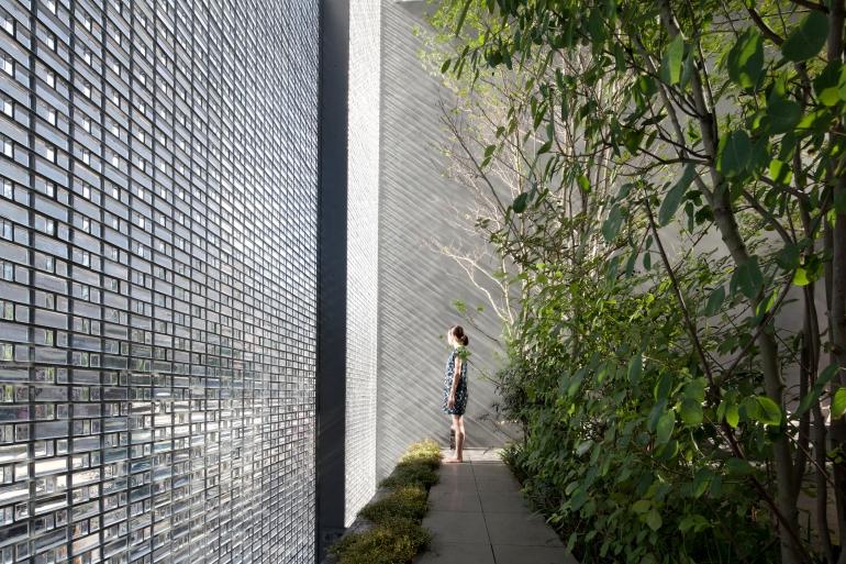 Optical-Glass-House-2---Hiroshi-Nakamura---Photo-Architects-own
